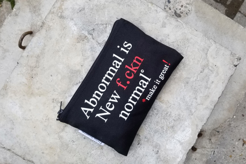 Abnormal - everyday pouch